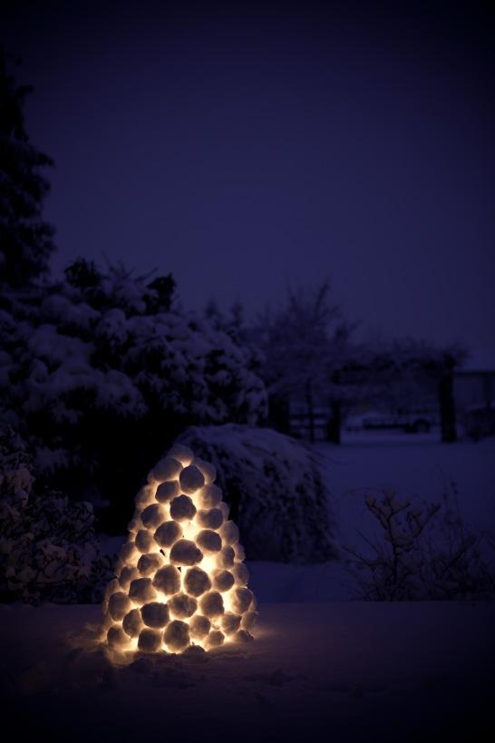 festive snowball lantern